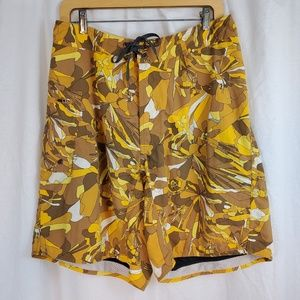 Patagonia Size 32 Board Shorts Swim Trunks Floral